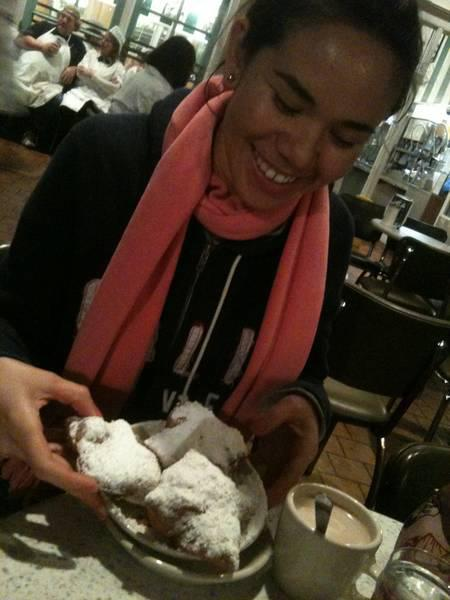 Beignets from cafe du monde make me so happy!