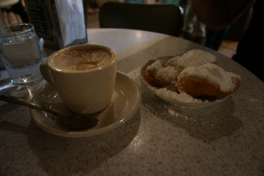 Autumn Aquarius Cafe du Monde