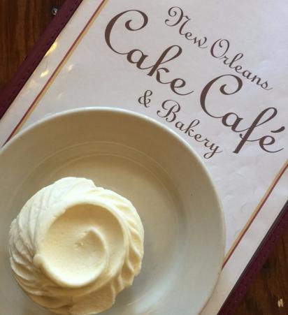 Autumn Aquarius Cake Cafe