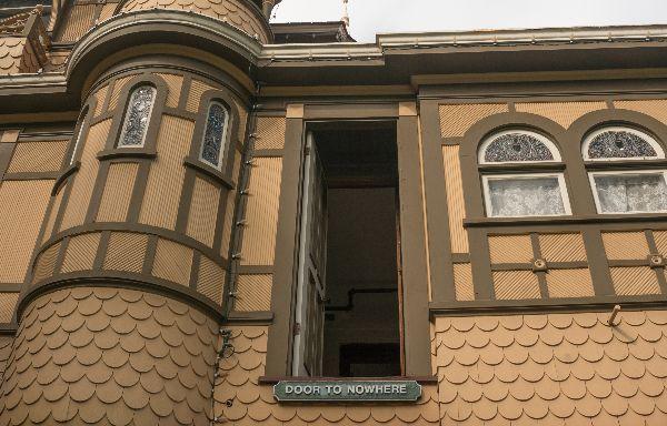 autumn-aquarius-winchester-mystery-house-1
