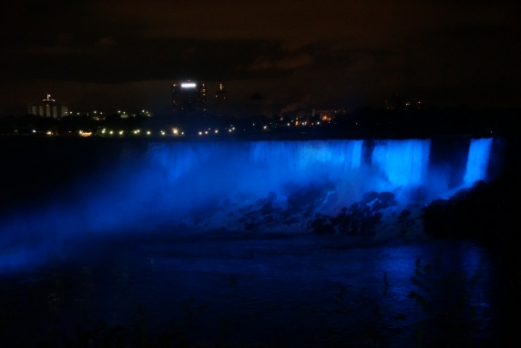 Autumn Aquarius Niagara Night time