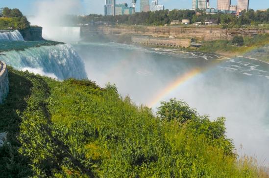 Autumn Aquarius Niagara NY