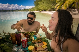 Autumn Aquarius Bora Bora lunch tim