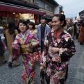 Autumn Aquarius kimono girls